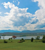 catskill_escarpment_and_hudson_river_from_north_germantown_ny